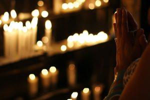 Find the best prayer and online church communities