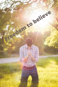 Non denominational churches give you the freedom to beleive in jesus without the political associations
